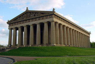800px-Parthenon.at.Nashville.Tenenssee.01